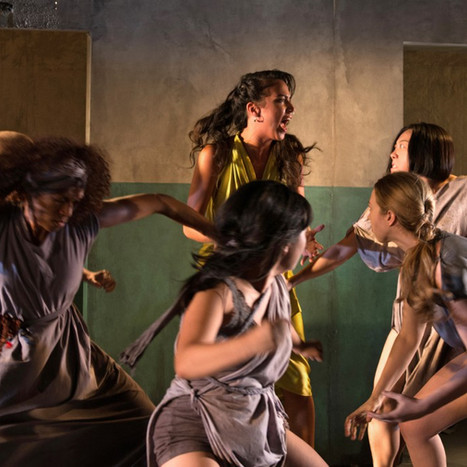"review: ""The Trojan Women"""