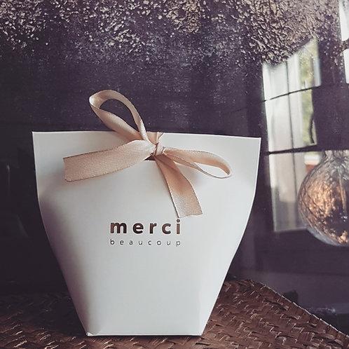 Boîte cadeau merci