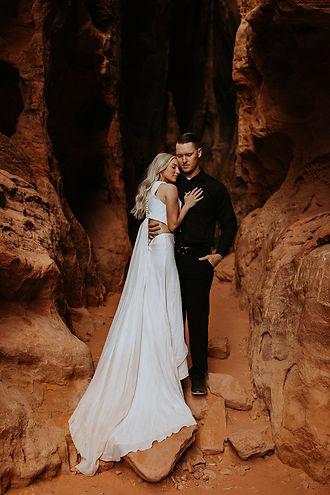 snow canyon utah national park photographer elopement wedding travel photography wedding dress