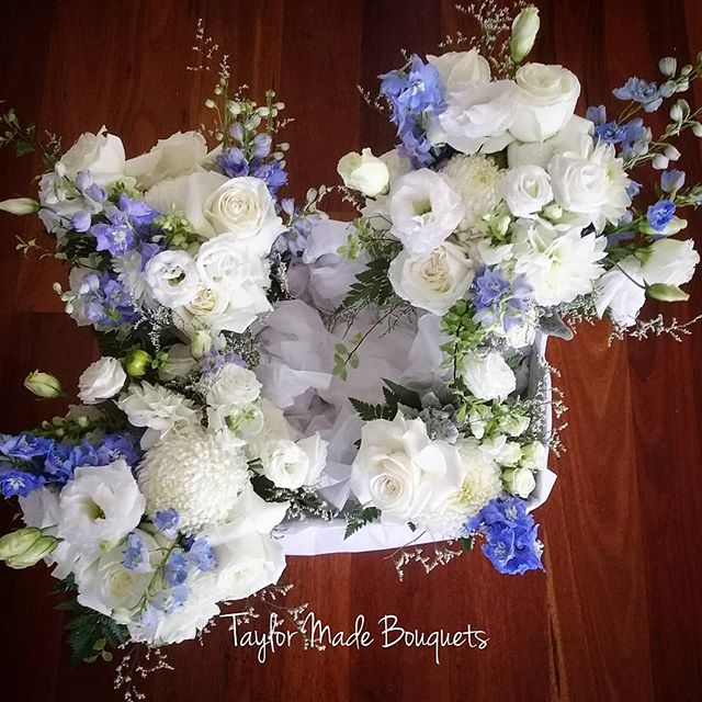 ~Today's beautiful bouquets for Gail & O
