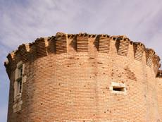 Piquecos - tower close-up