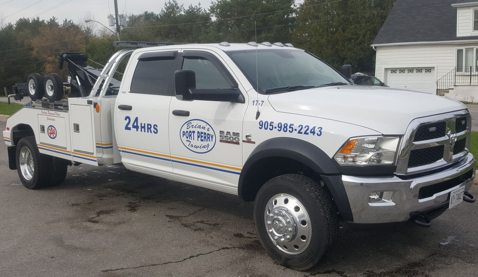 Light, Specialty & Flatbed Towing