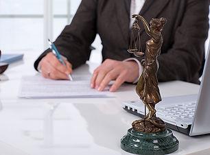 Seminarios de temas selectos de derecho