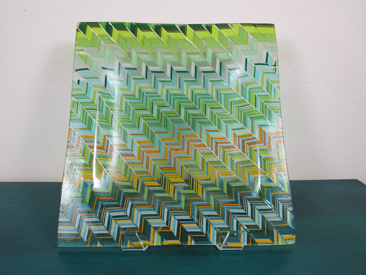 Green stringers optical illusion by Malu