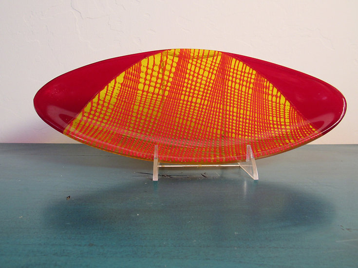 Oval red tray by Malu