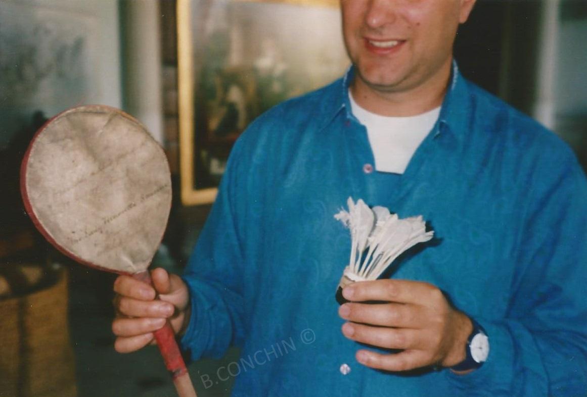 Première raquette de Badminton