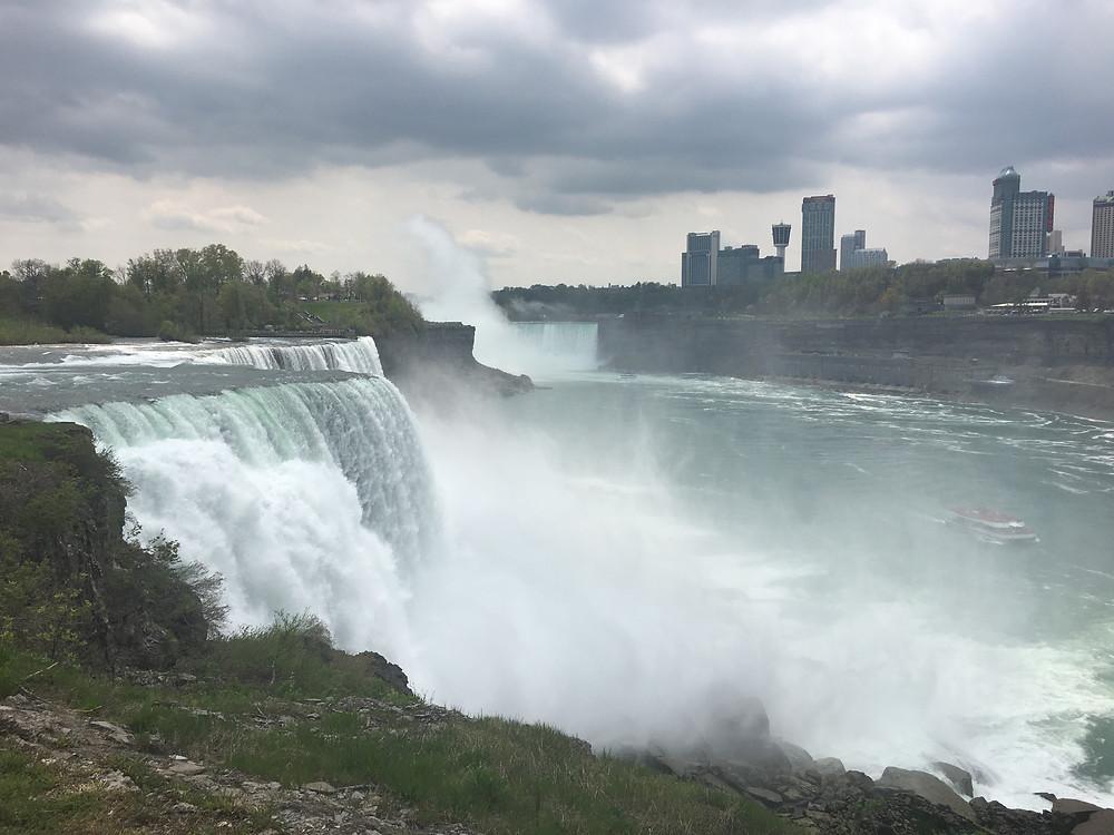 Les chutes du Niagara, à quelques kilomètres de Buffalo