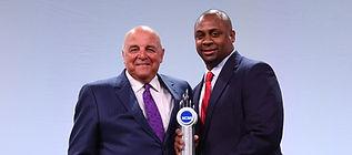 troy vincent leadership award picture.jp