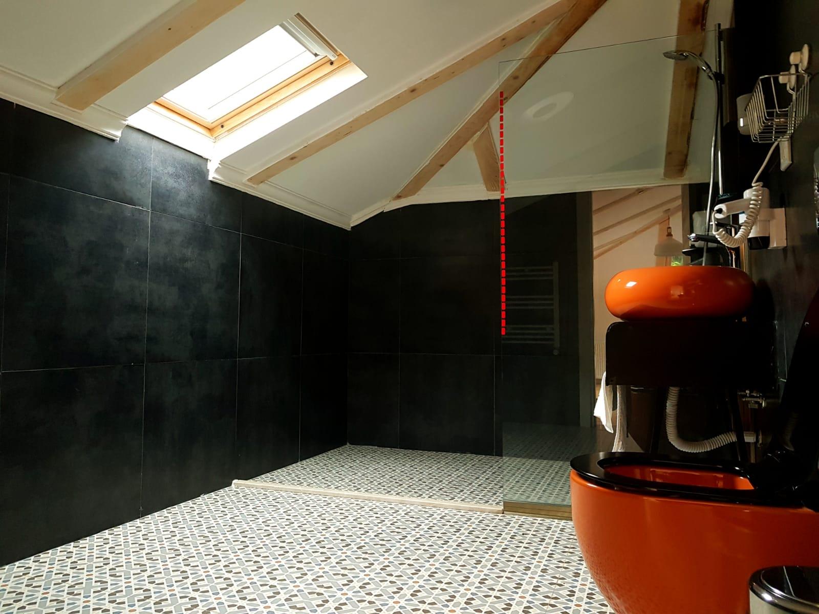 Çatı oda banyo