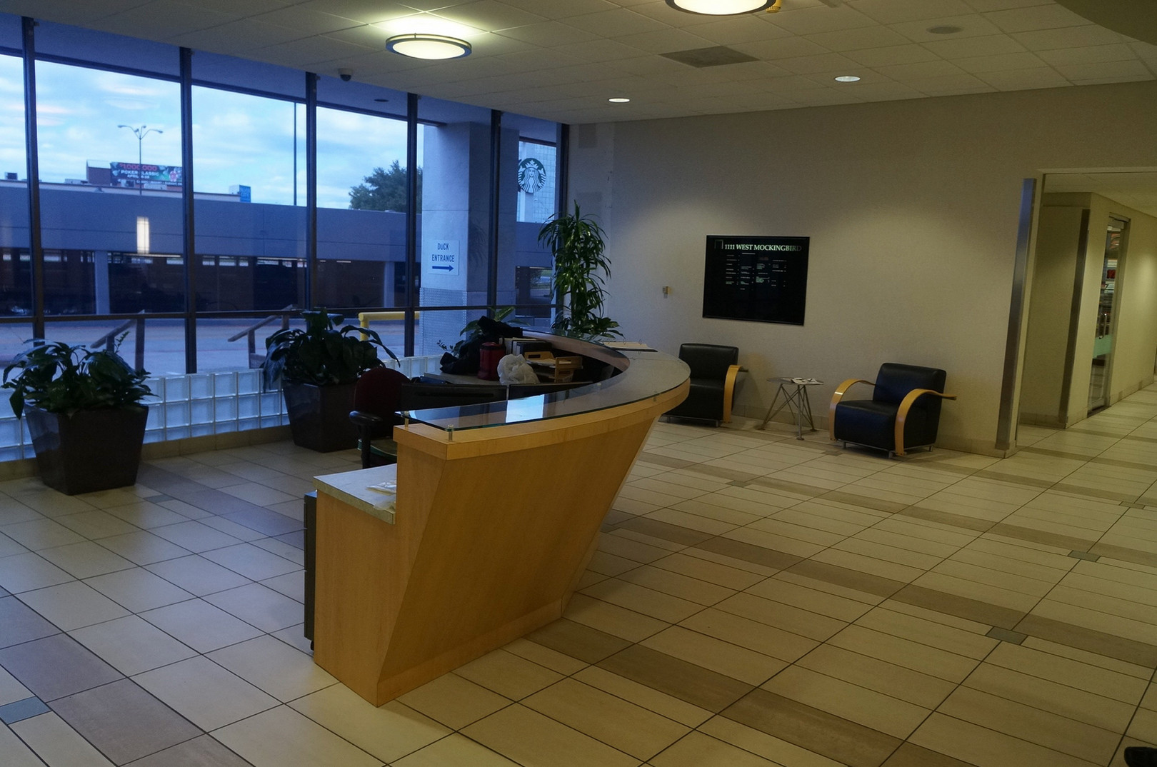 Ricchi Group Tower - Lobby (Before)