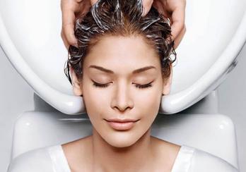 MENTA DETOX ¡Deja que tu cabello respire exfoliando tu cuero cabelludo!
