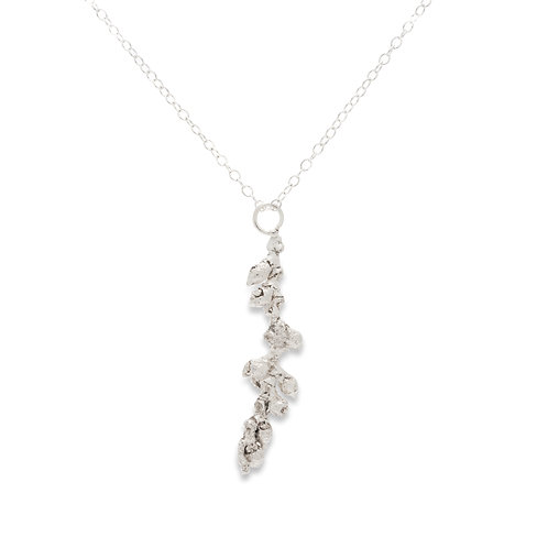 Silver bud necklace