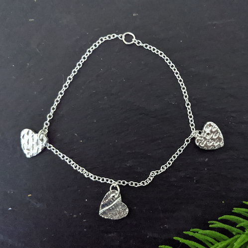 Follow on textured heart bracelet project kit