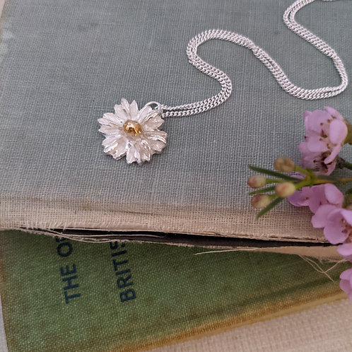 Daisy Necklace - Silver with Gold Plating