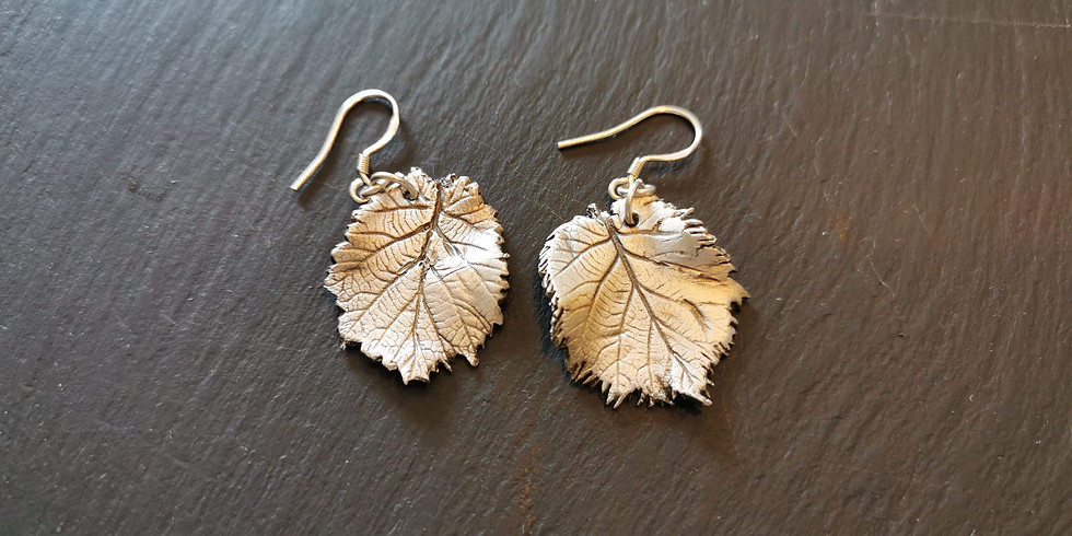 Southampton - Beginners jewellery workshop using silver clay (£95)