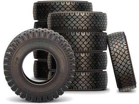 What are the differences between light truck tyres and car tyres?