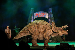 Jurassic Earth Theatre Show Tank Tricera