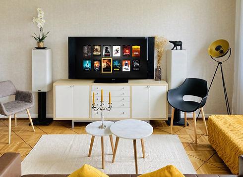 zappiti-lifestyle-tv-sofa-yellow-2500x1825.jpg