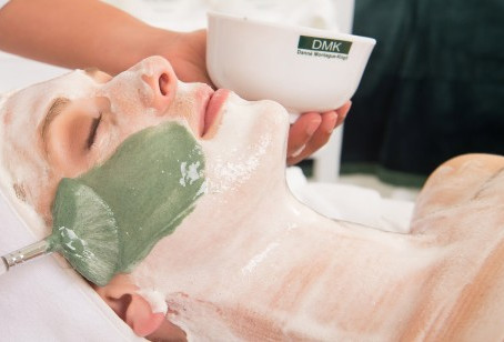 ✨ WIN A DMK FACIAL FOR YOU AND A FRIEND! ✨