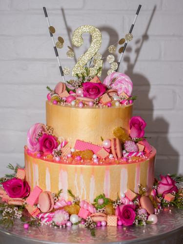 Craft-Bakery-Custom-Cake-6.jpg