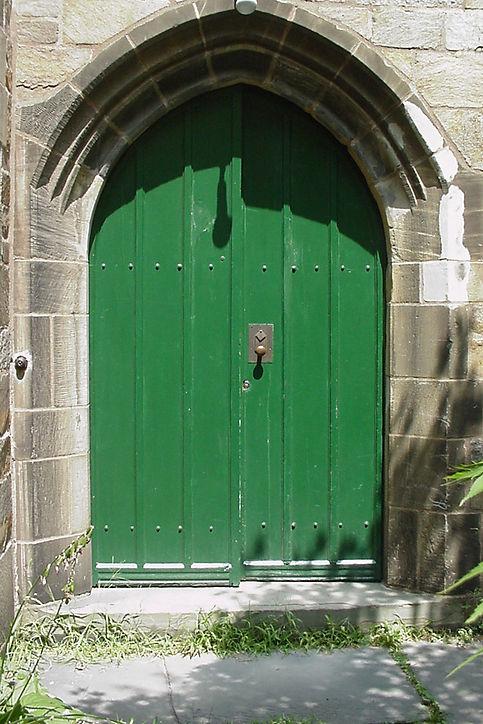 5a - Wolf's Head Front Door Before.jpg