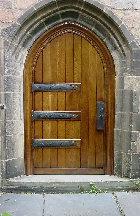 5b - Wolf's Head Front Door After.jpg