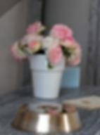 """Cloche métal argentée, bouquet de """"Ronsard"""""""