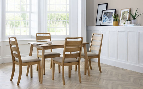 BOD Oak Table + 4 Chairs