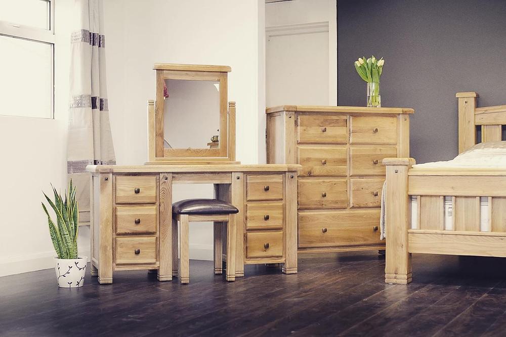 donny furniture room display