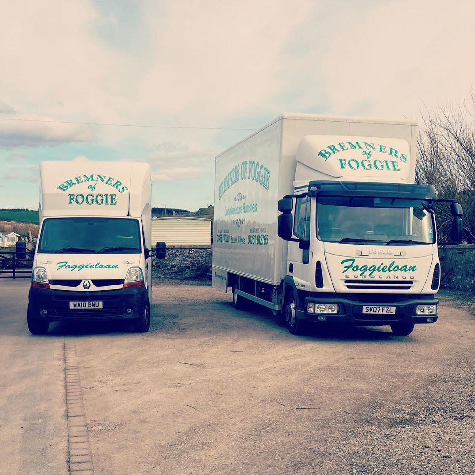 two removal lorries with bremners of foggie logo