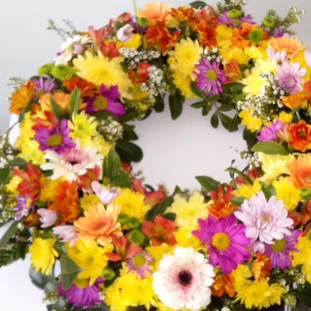 flower-love-bright-wreath.jpg