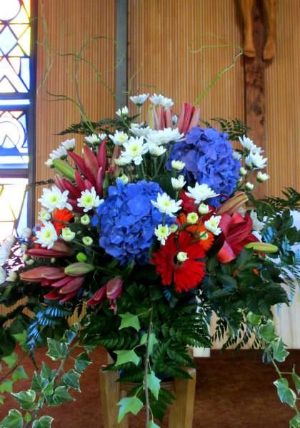 funeral-flowers-nelson-pedestal-arrangem