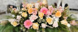 flowerlove-passtel-peach-pink-casket-spr