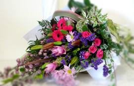 flowerlove_Deluxe_Bouquet_Pretty_Pinks.j