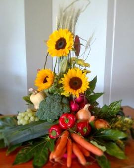 flower-love-Event-Floral Arrangement-wit