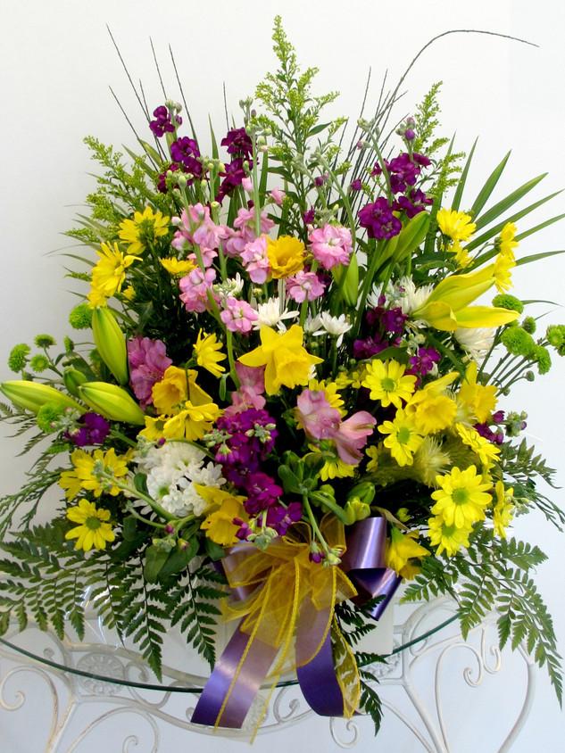 flowerlove-memorial-arrangement-spring-b