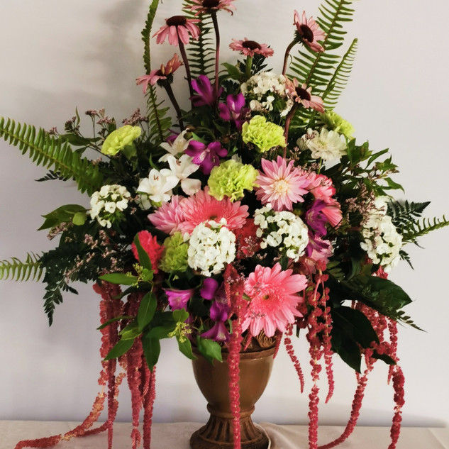 pink-flower-vase-by-flowerlove (1).jpg