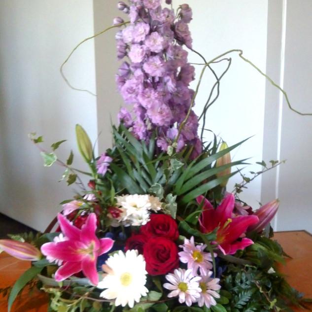 flowerlove-floral-arrangement.jpg