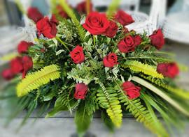 red-roses-spray-by-flowerlove.jpg