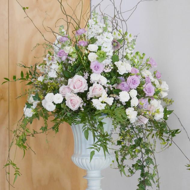 floral-urn-by-flowerlove.jpg