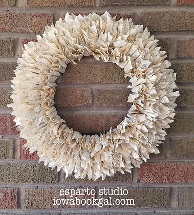 Book Page Wreath Class