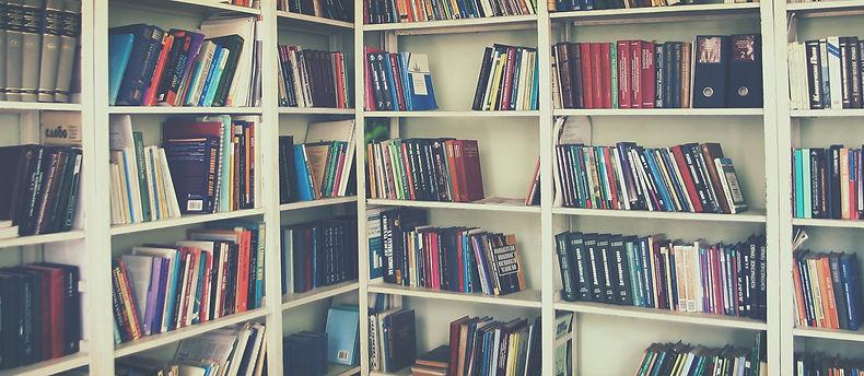 יהודה יערי , עריכת ספרים