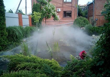 Эффект стелящегося тумана в саду
