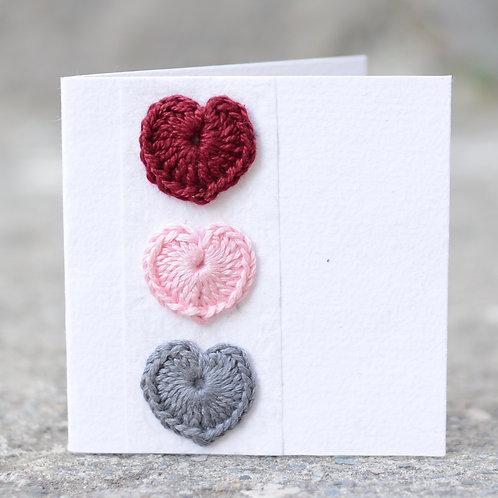 1141 - Crochet hearts