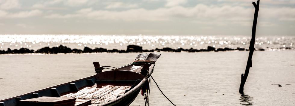 Beach-boat-Samahita.jpg