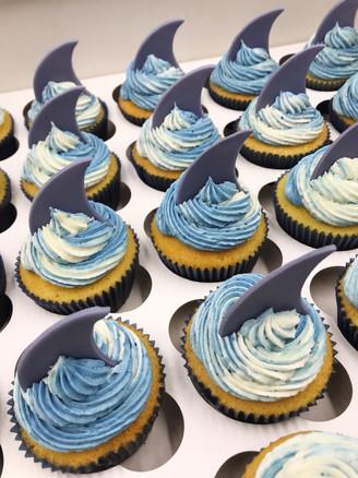 Shark Fin Cupcakes