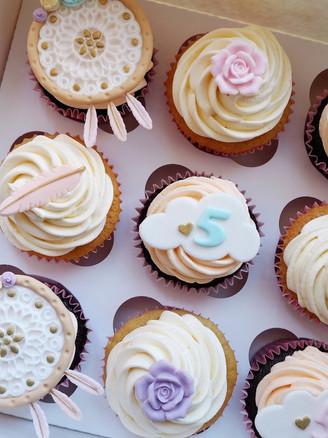 Dream Catcher Cupcakes