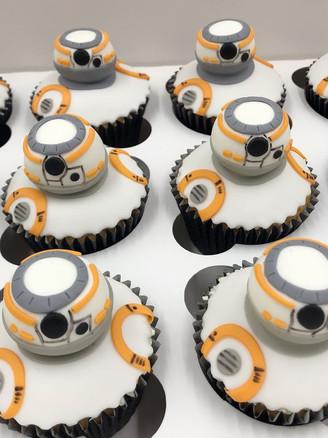 Star Wars BB8 Cupcakes