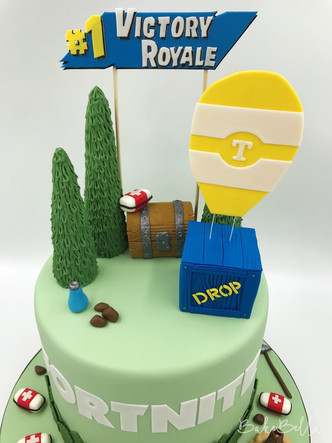 Fortnite Victory Royale Cake