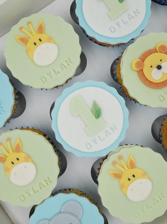 1st Birthday Jungle Cupcakes